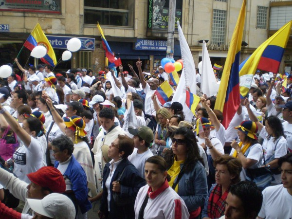 Colombian Peace Process, Rodeemos el Diálogo,
