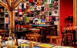 Bogotá restaurants, A Seis Manos Bogotá