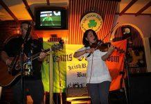 Giliann Gonzalez Irish fiddle player