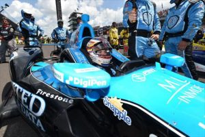 Muñoz claims second place