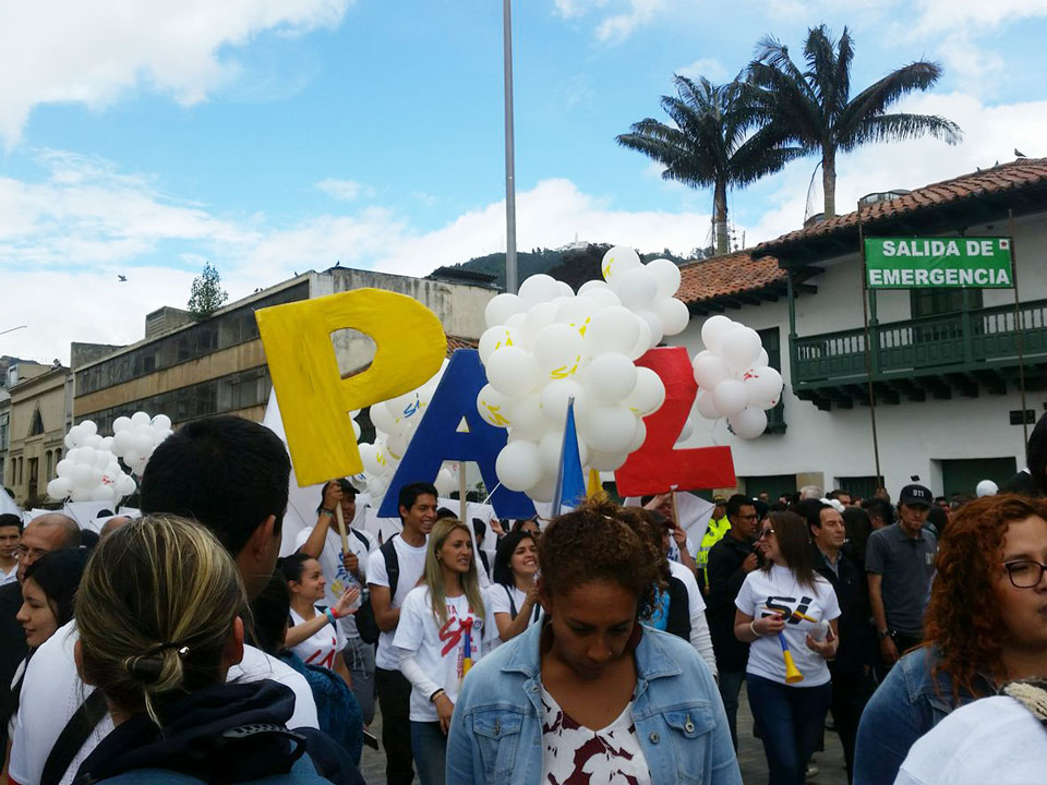 Colombia ratifies peace agreement