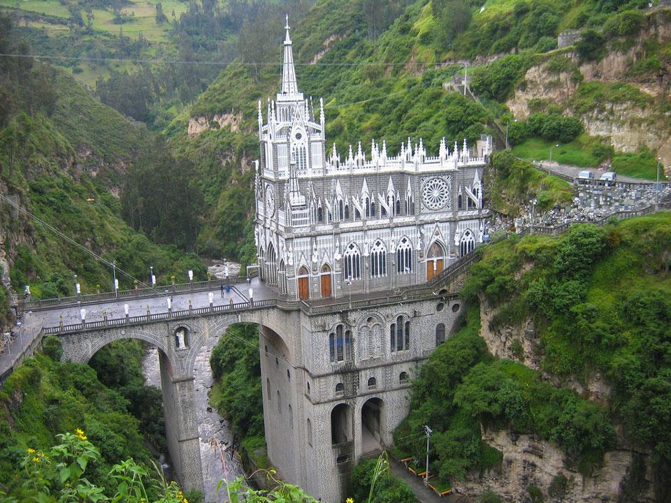 Santuario Nuestra Señora de las Lajas, what to do in Semana Santa, Semana Santa Colombia