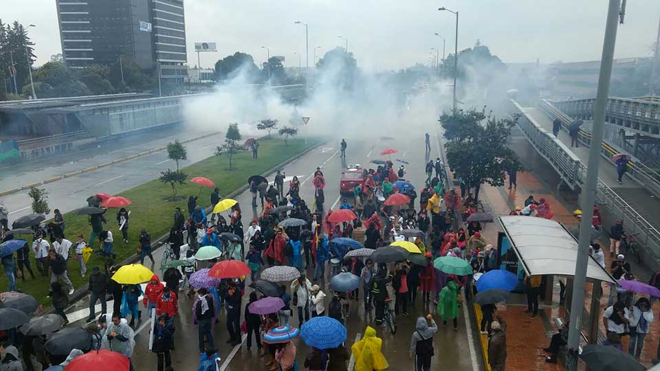 Colombian strikes, Teachers' strike Colombia, Buenaventura protests, paro profesores,
