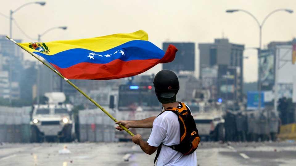 Venezuelan crisis, Venezuela Colombia