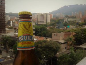 The price of Águila will go down to $1.500 COP per bottle