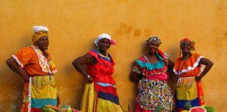 Colombian women remain conservative. Photo: Luz Adriana VIlla / Flickr