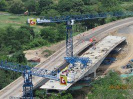 A construction site of a bridge on the Ruta del Sol II project