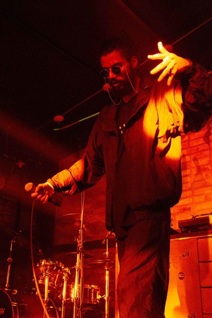 N. Hardem in concert