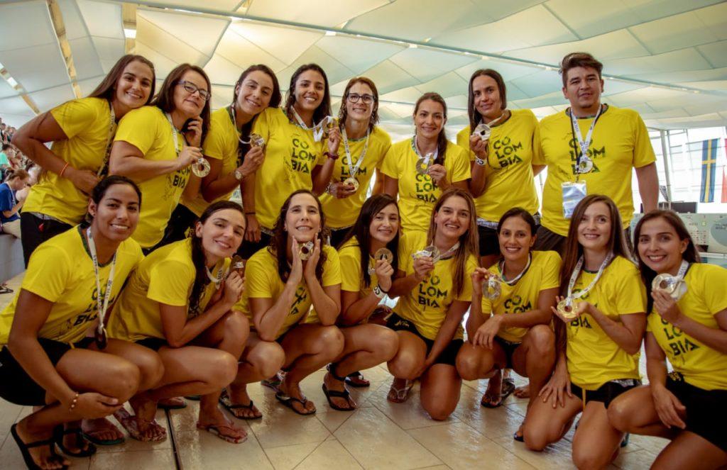 The women's team captured the bronze medal. Photo: Carolina Correa