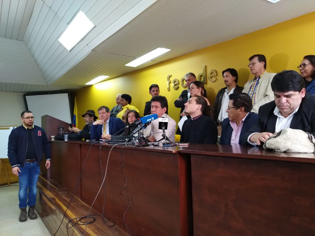 Colombia's strike leaders walked out of the dialogue with the President because the President wants to discuss agenda while they want to discuss the original manifesto.