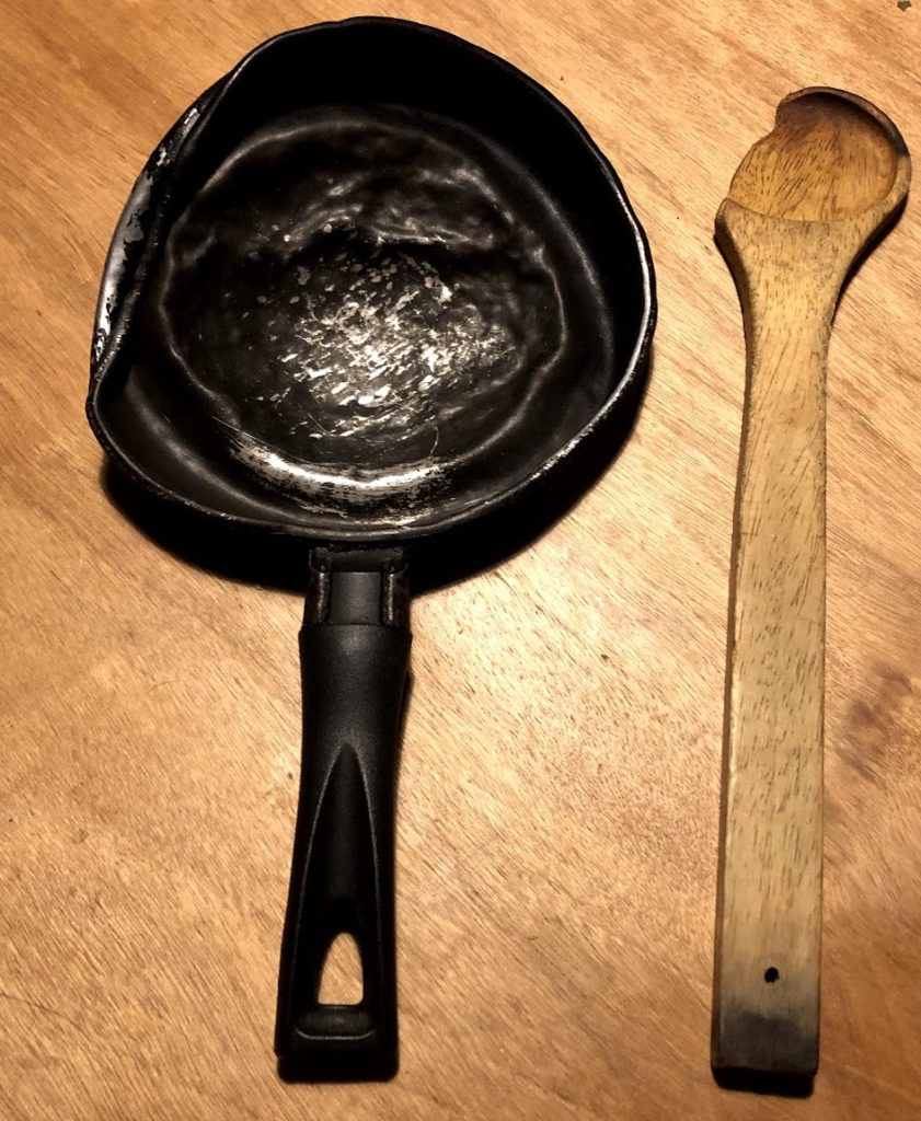 Cacerolazo: On its last legs, this pan has felt the pangs of social unrest for four consecutive nights.