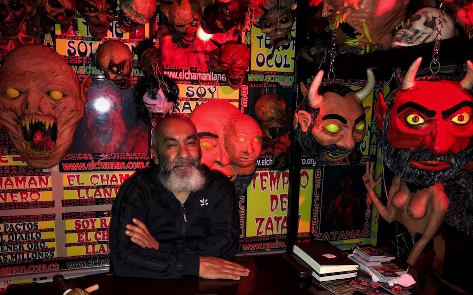 Halloween Colombia: El chamán llanero talks about witchcraft. Photos: Juan Pablo Contreras Ríos